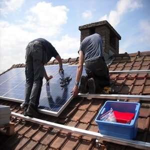 How to mount solar panels