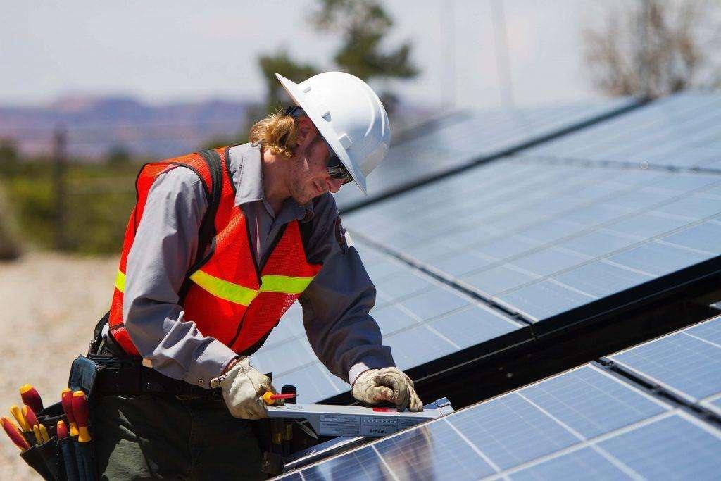 Solar energy create jobs